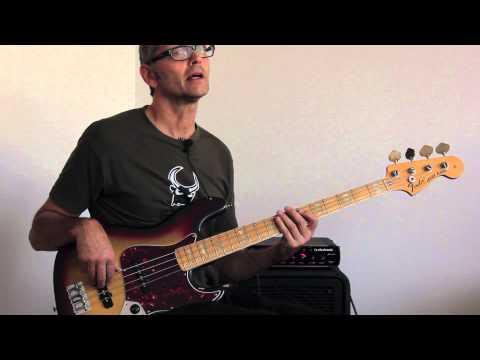 How to play funky pentatonic bass fills