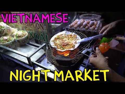 Vietnamese PIZZA! Mekong River Night Market in Can Tho VIETNAM