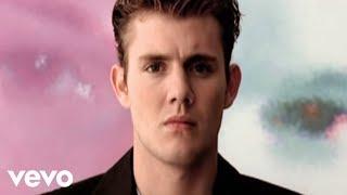 Oli.P   So Bist Du (und Wenn Du Gehst...) (Official Video) (VOD)