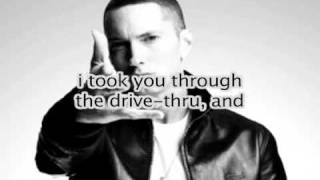 HELLO GOOD MORNING Eminem Freestyle w/ lyrics