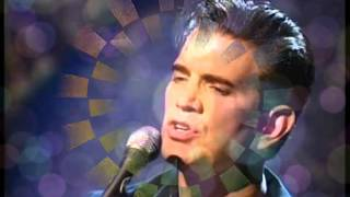 FLYING-CHRIS ISAAK-A TRIBUTE BY TONY WEST