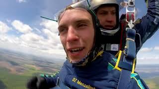 Мензелинск. Прыжок с парашютом с высоты 4000 м (1080р)