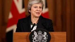 Theresa May face à la fronde de ses ministres et du Parlement sur le Brexit