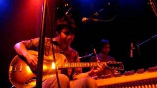 The Dodos - Paint the Rust (Live)