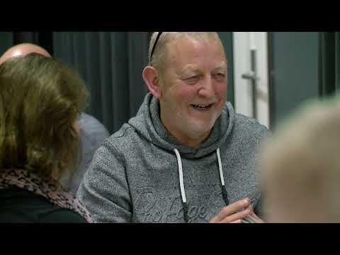 In de schijnwerper: Klaverjasclub 'Overgeven' in Westerlee - RTV GO! Omroep Gemeente Oldambt
