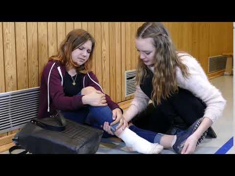 Komplexe Übungen der zervikalen degenerativen Bandscheibenerkrankungen