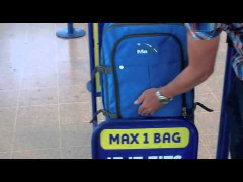 Ryanair cabin luggage gauge test with Cabin max