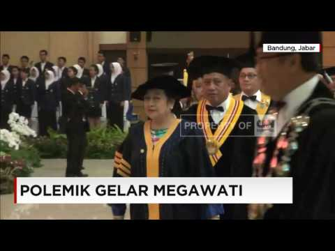 mp4 Doktor Honoris Causa, download Doktor Honoris Causa video klip Doktor Honoris Causa