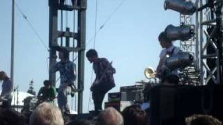 Chiodos - Love Is A Cat From Hell at Bamboozle California 2010