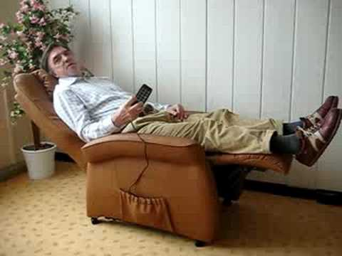 Sessel mit Aufstehhilfe - Fernsehsessel mit elektrischer Aufstehhilfe