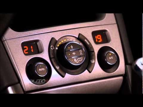 Peugeot 308 desembarca no Brasil