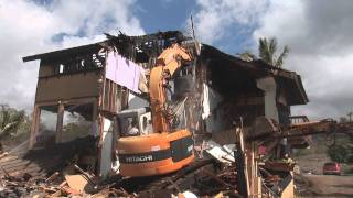 preview picture of video 'Watch me demolish my childhood home'