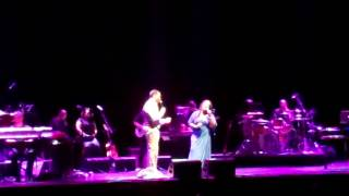 """Eric Roberson & Lalah Hathaway perform """"Dealing"""" live in L.A. at Club Nokia 4/6/2012"""