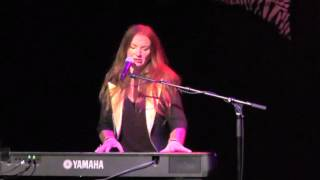 "Judith Owen - Hey Mister, That's Me Up On The Jukebox - Live ""Le Zèbre Belleville"", Oct. 28, 2015"