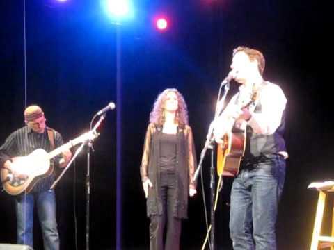 Aengus Finnan, Sam Turton, and Jane Lewis at Folk Night - Wayfaring Stranger