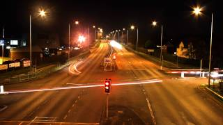preview picture of video 'Time-lapse of Traffic in Maghull at Night'