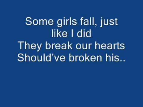 Avril Lavigne - Move your little self on + Lyrics
