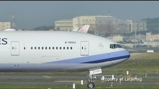 China Airlines B777-300ER B-18002@TPE