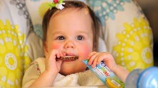 Смотреть онлайн Чем маме кормить ребенка в 1 год