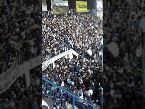 """""""Atletico Tucuman Recibimiento vs el nacional de colombia"""" Barra: La Inimitable • Club: Atlético Tucumán"""