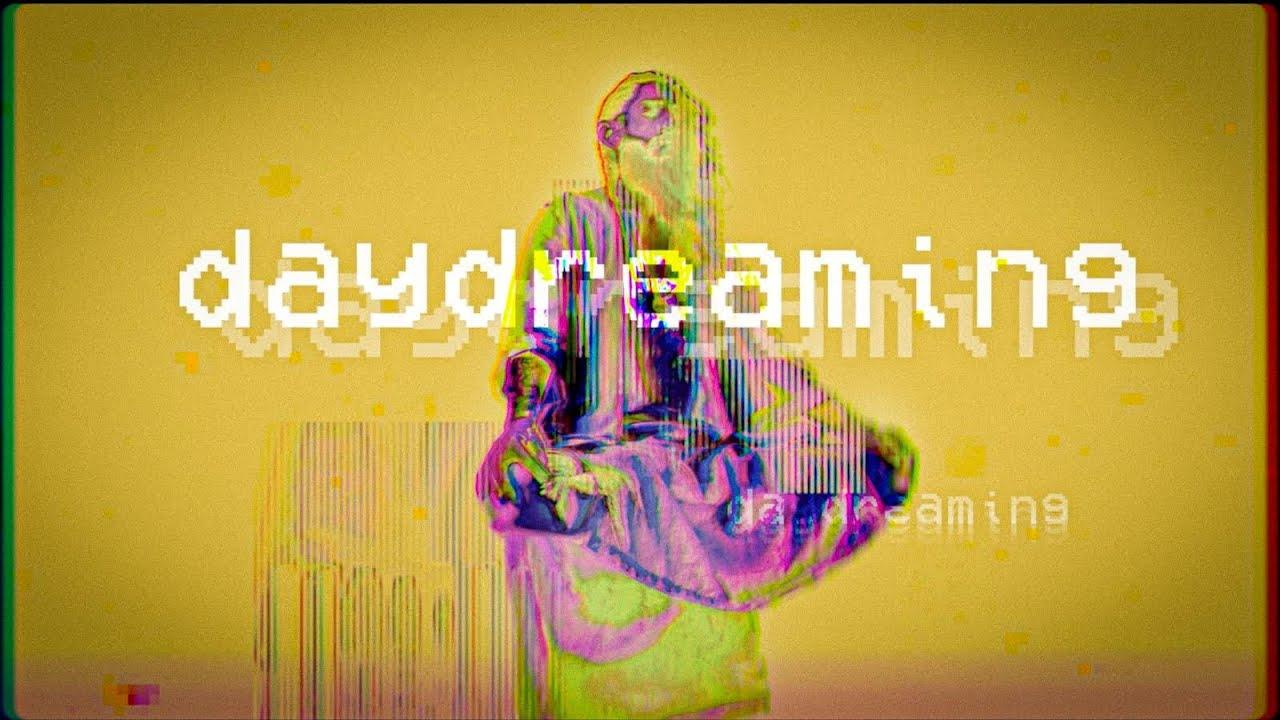 Lirik Lagu Day Dreaming - MISSIO dan Terjemahan