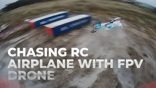 Chasing airplane with a freestyle fpv drone: Diatone Roma F5 and Tmotor Velox v1 1950 KV
