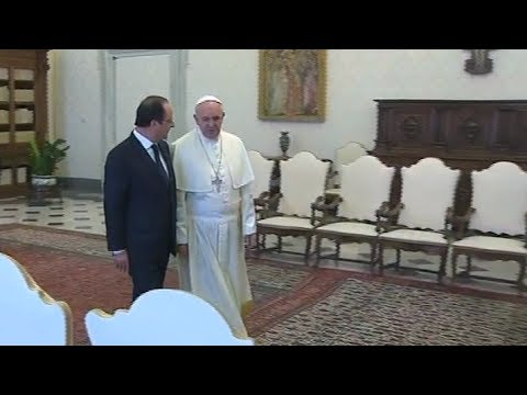 François Hollande au Vatican : analyse