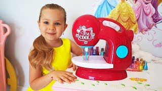 Diana Pretend Play with Toy Sewing machine
