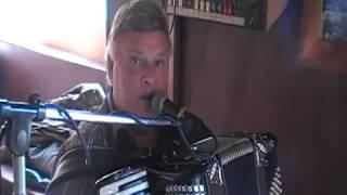 Toen ik geld had - Amsterdamse accordeonist-entertainer-zanger Te boeken op artiestvooru.nl