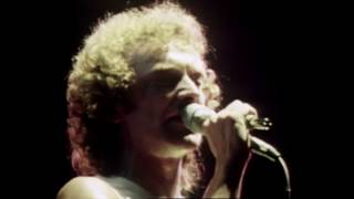 "Foreigner - ""Waiting For A Girl Like You"" (Official Music Video)"