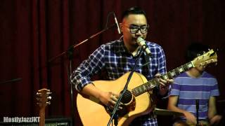 Adhitia Sofyan - Blue Sky Collapse @ Mostly Jazz 14/11/13 [HD]
