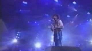 2 TITANS: Barbra Streisand & 'the voice' Whitney Houston