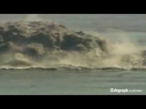 Underwater volcano errupting of coast Canary Islands emits toxic gases.wmv