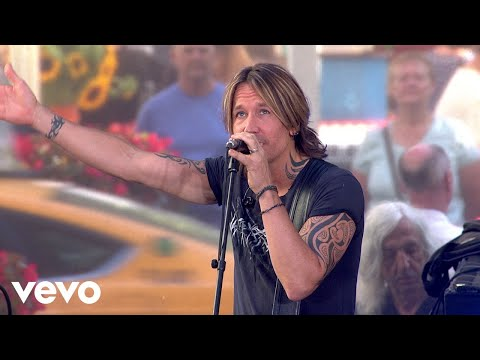 Keith Urban - Coming Home (Live From The TODAY Show) ft. Julia Michaels