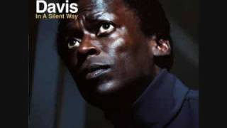 Miles Davis - Shhh Peaceful (1/2)