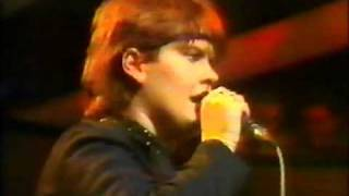 Yazoo - 04 Midnight  (Live on The Tube)