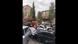 ДТП 18+ подборка аварий за 24.10.2018 Октябрь 2018 Камаз в Киеве разбил 19 машин