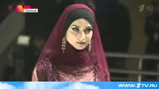 Показ новых коллекций мусульманской одежды