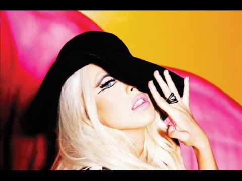 Christina Aguilera - Fallin In Love Again (Can't Help It) HQ - Full