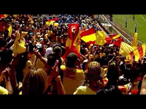 """""""la locura 81 vs cruz azul 2010"""" Barra: Locura 81 • Club: Monarcas Morelia"""