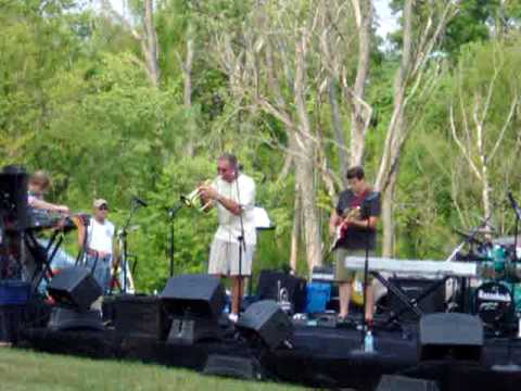 "Michael Fair plays ""Viaje Elegante"" at the Carton Plantation"