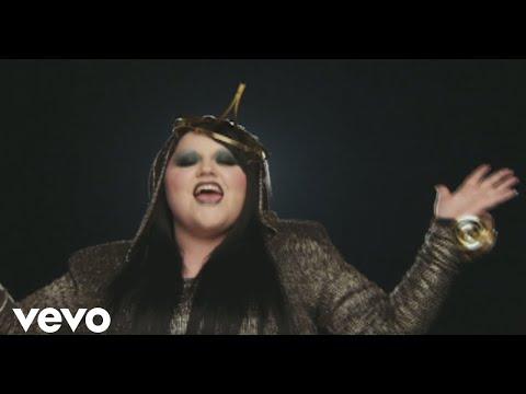 Heavy Cross (2009) (Song) by Gossip