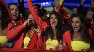 Фанаты Марокко, Испании и русская волонтерка
