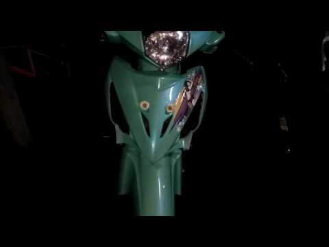 Video Modifikasi Revo 100cc tahun 2007 ( Video Terbaru ) Modif Motor Revo Thailook Style ( Mesin Karbu )