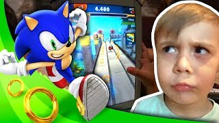 SONIC DASH NO TABLET!! Maikito Jogando Sonic the Hedgehog - Gameplay Sega e Daily Vlog em Familia