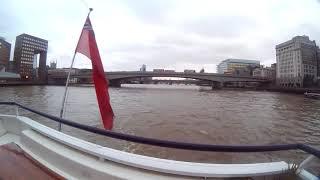 Plimbare cu barca pe Tamisa