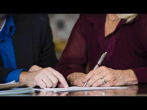 Нужно ли заверять договор дарения у нотариуса между родственниками