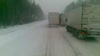 Jazda Ciężarówką W Zimie Po Rosji (Volvo 460KM Volvo 380KM) Kierowca TIR -a Lorry LKW