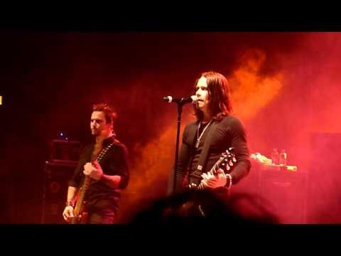 Alter Bridge 'I Know It Hurts' LIVE Hammersmith Apollo 22/10/2010 HD