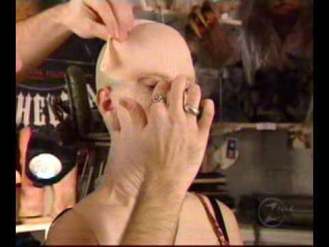 Le masque pour la personne pour lhiver et